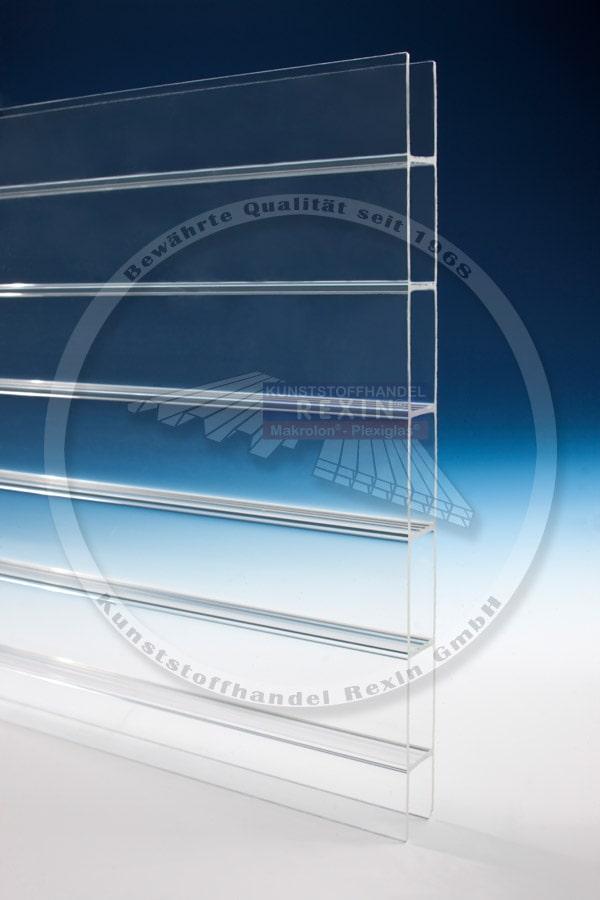 Durchsicht der Plexiglas Resist Stegplatte