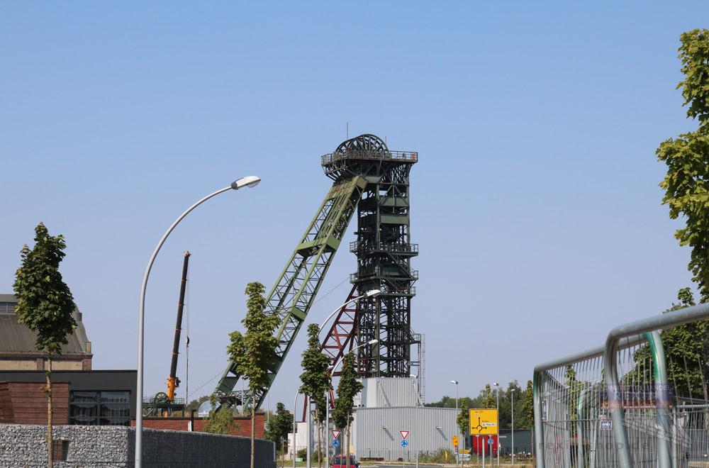 Alter Förderturm auf dem ehemaligen Geländes des Bergwerks Fürst Leopold.