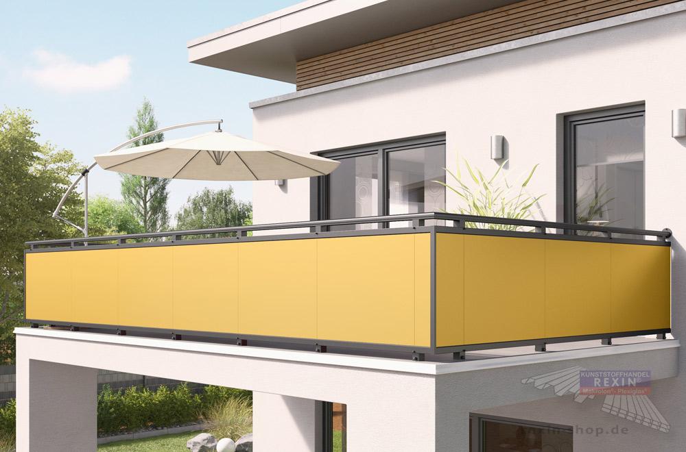 """Mut zur Farbe: Trespa-Platten sorgen für einen echten Fassaden-Hingucker. Hier in der Variante """"goldgelb""""."""