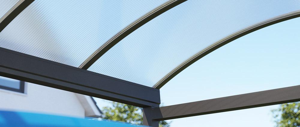 Das Fahrzeug schützen – mit einem Rundbogen Alu-Carport
