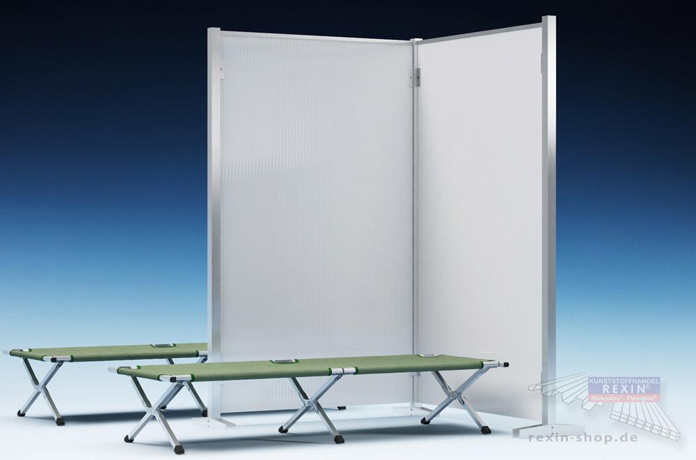 REXOcare Notfall-Trennwand, hier mit Erweiterung: schnell aufgestellt als Privatsphären-Schutz.