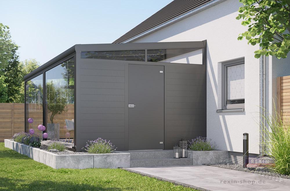 Terrassentür für einen bequemen Zugang zur Terrasse: Hier die Variante aus Trespa® in der Farbe Anthrazit.