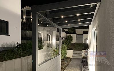 LED-Einbaustrahler für das Haustür-Vordach: praktisch und hilfreich.